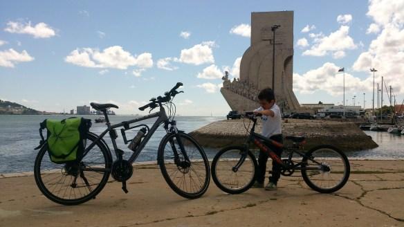Enquanto esperávamos pelo barco em Belém