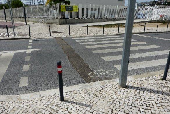 DEPOIS: passagem de peões e de velocípedes