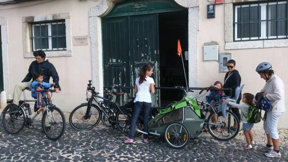 Transportar Crianças - Chegada à Escola